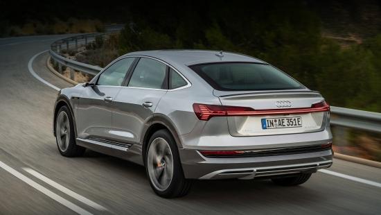 Электромобиль Audi e-tron получил долгожданное обновление